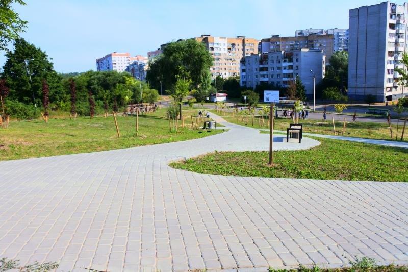 У Львові облаштували новий сквер, фото-2, Фото: ЛМР