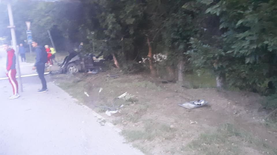 Молода водійка іномарки розбилася на смерть в'їхавши в дерево, - ФОТО , фото-5