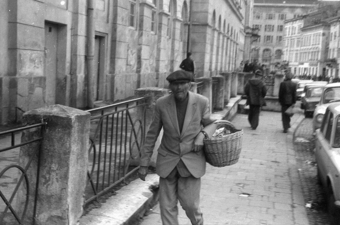 Як виглядали перехожі на вулицях Львова у 1970-х роках, - ФОТО, фото-10