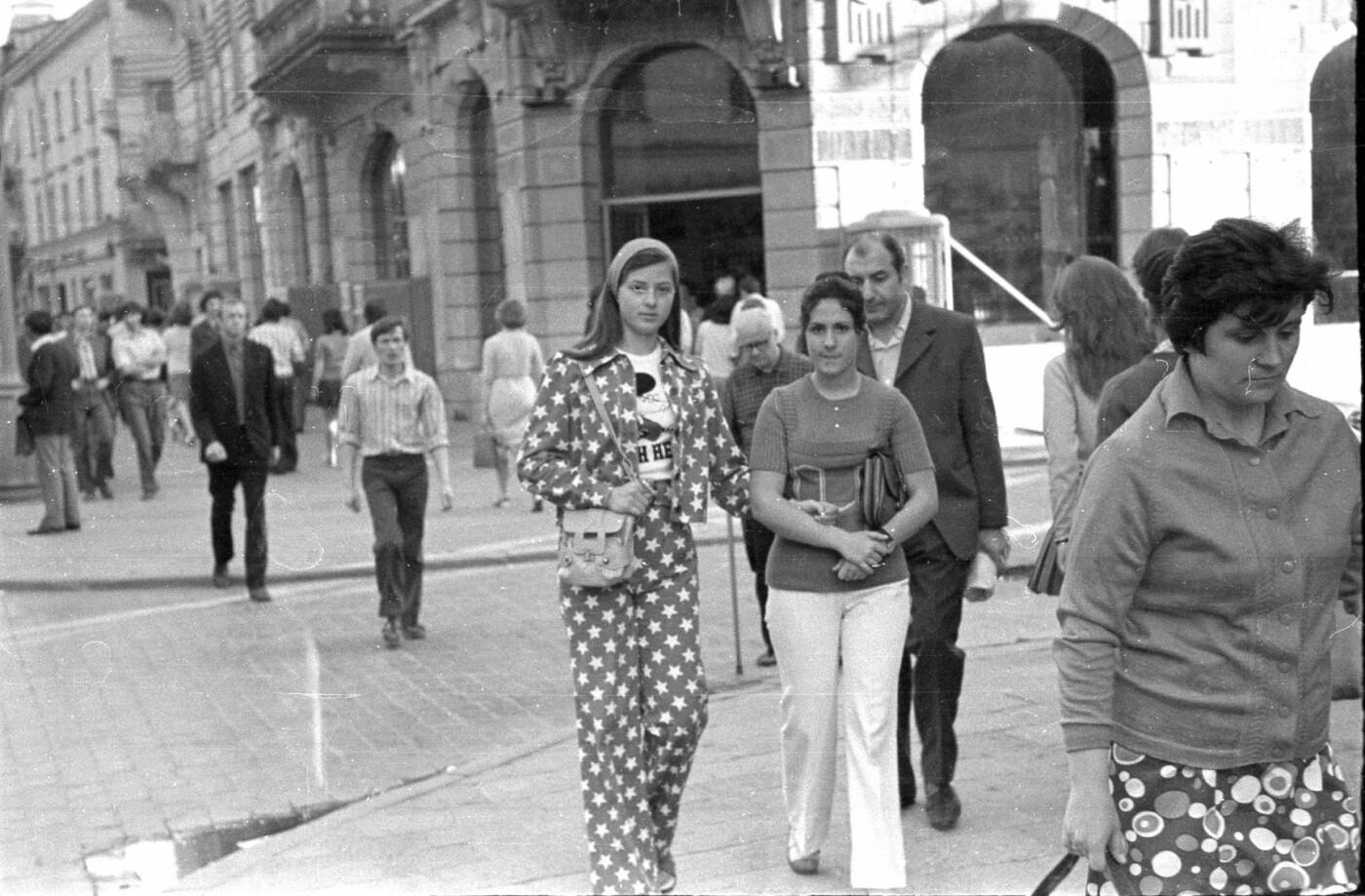 Як виглядали перехожі на вулицях Львова у 1970-х роках, - ФОТО, фото-7