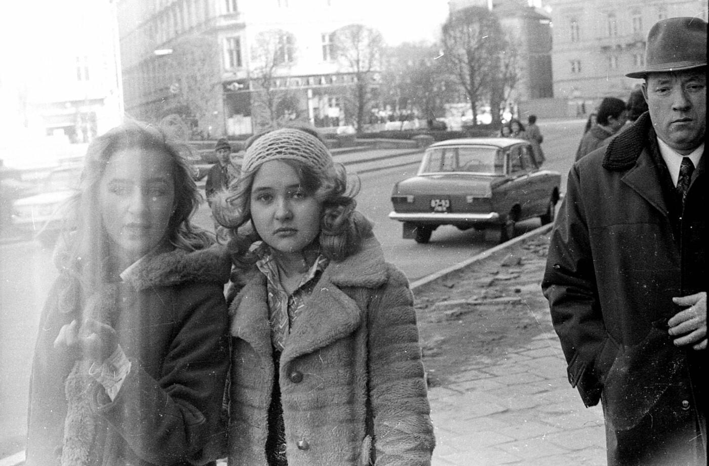 Як виглядали перехожі на вулицях Львова у 1970-х роках, - ФОТО, фото-19