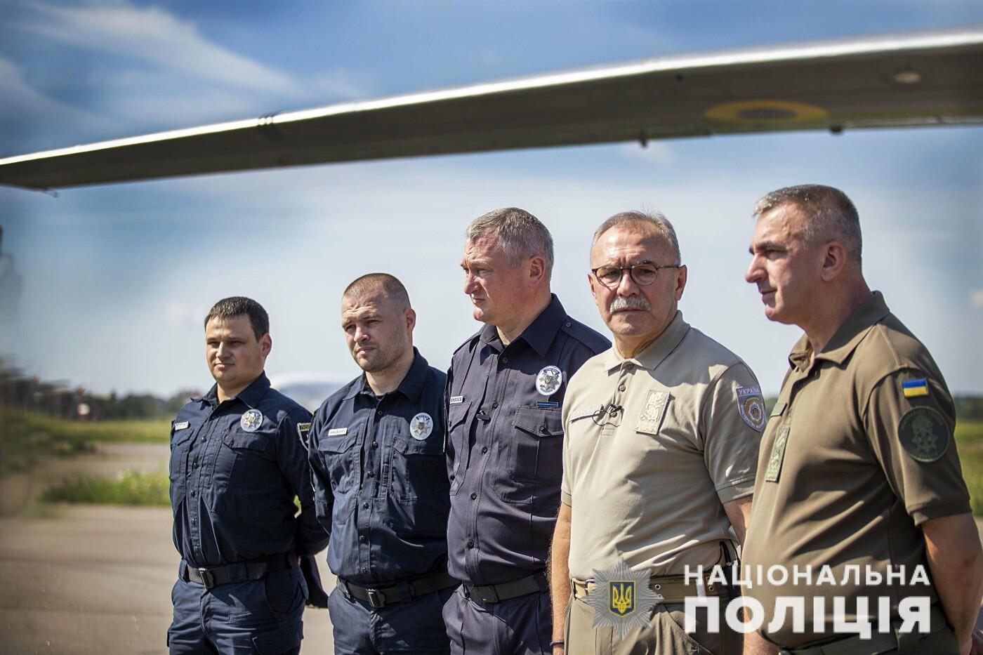 За дотриманням порядку на виборах слідкуватимуть загони авіапідтримки поліції, - ФОТО, фото-3