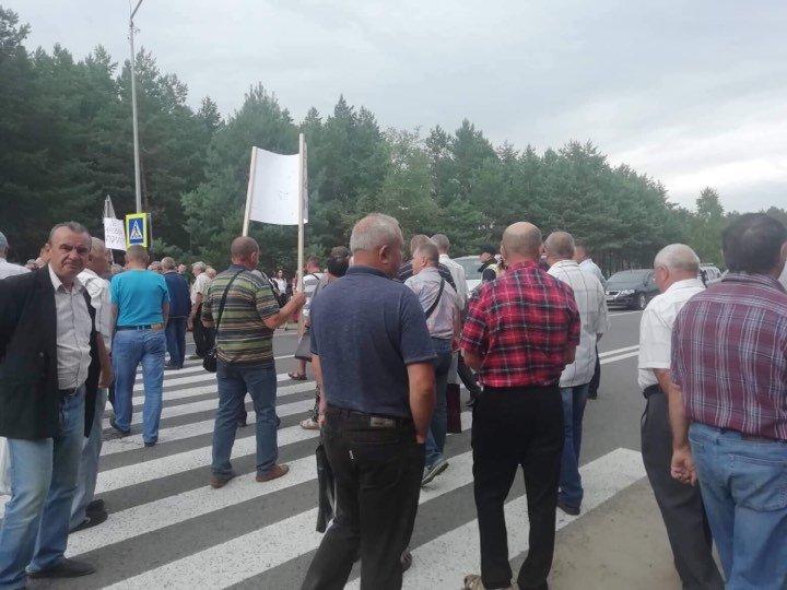 На Львівщині працівники ТЕЦ перекрили трасу до кордону з Польщею, - ФОТО, фото-3
