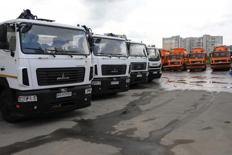 Львів закупив нову техніку для прибирання міста за 40 млн грн, - ФОТО, фото-9