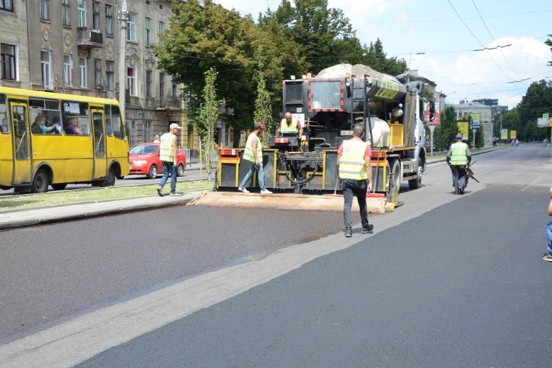 У Львові ремонтують дорогу на проспекті Чорновола, - ФОТО, фото-2, Фото: ЛМР
