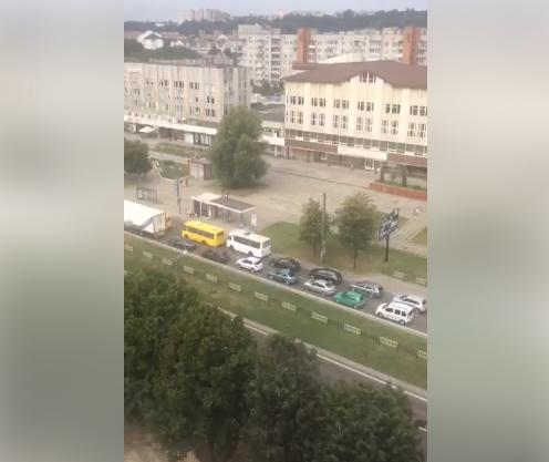 Ситуація на дорогах Львова: затори на проспекті Чорновола, фото-1