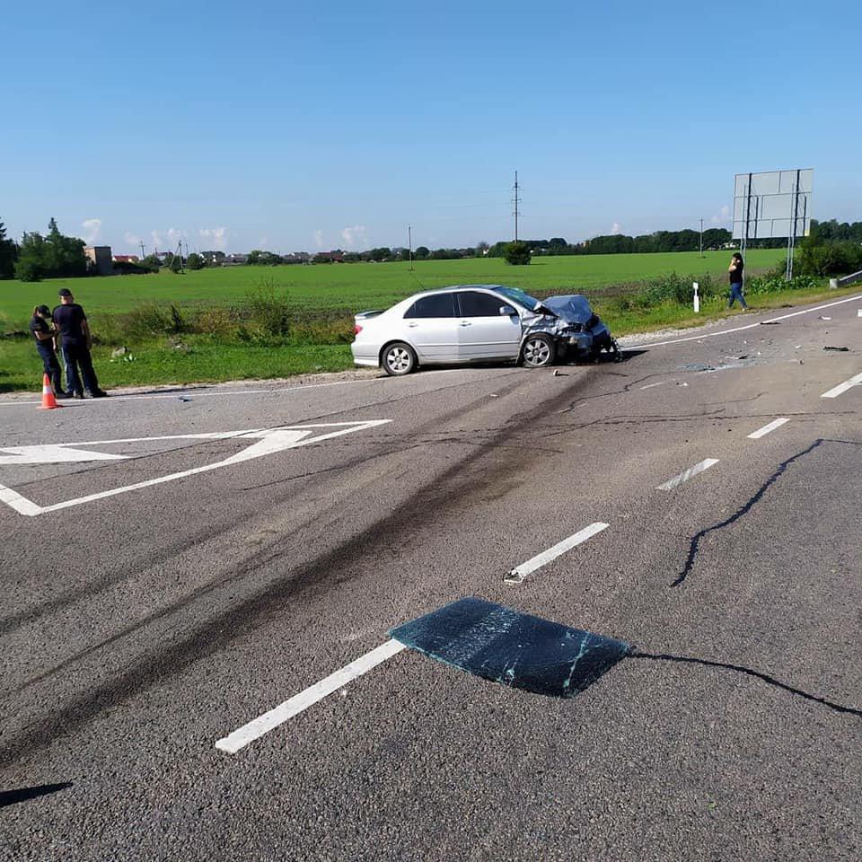 В автопригоді на Львівщині загинула 6-річна дитина, ще 5 людей травмовані, - ФОТО, фото-2