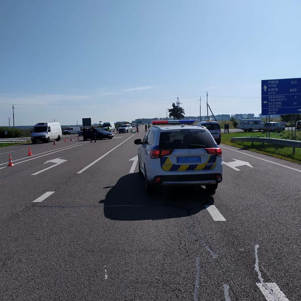 В автопригоді на Львівщині загинула 6-річна дитина, ще 5 людей травмовані, - ФОТО, фото-5
