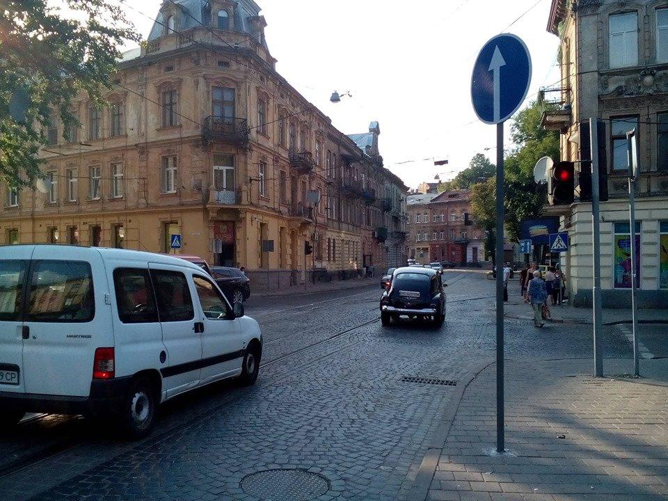 На вулиці Франка у Львові частково реорганізували рух, фото-1