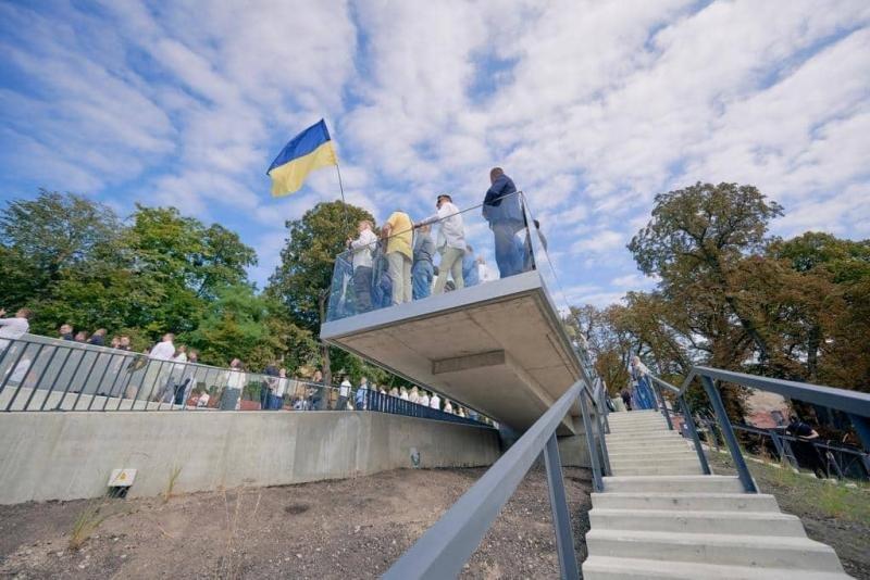 У Львові урочисто відкрили  Меморіал Небесної Сотні, - ФОТО, ВІДЕО, фото-4