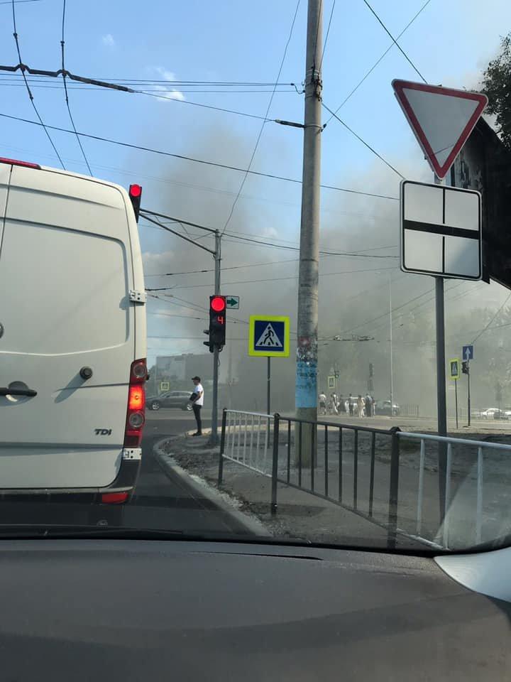 Пожежа у Львові: горів МАФ на Стрийській, - ФОТО, фото-5