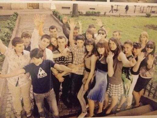 Фото: випускники Львівської загальноосвітньої школи І-ІІІ ступенів №74: