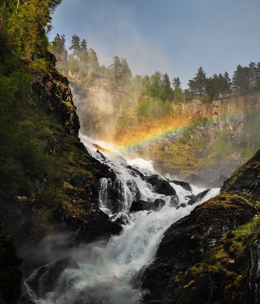 Фото: водоспад Låtefossen
