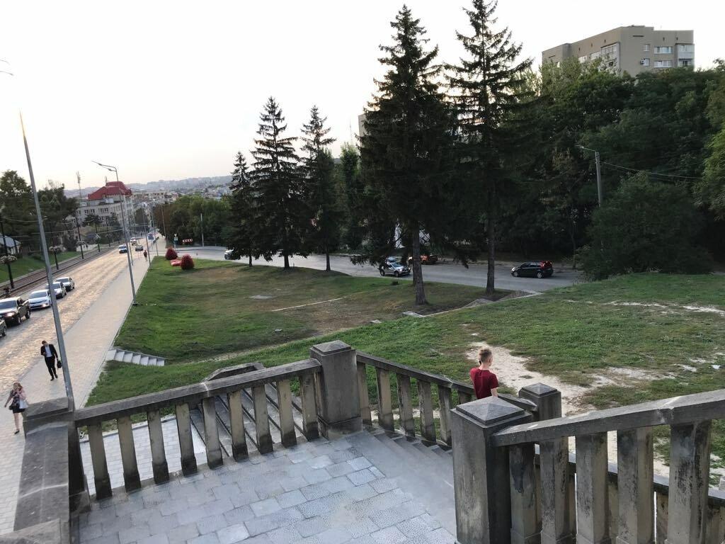 Покровська площа