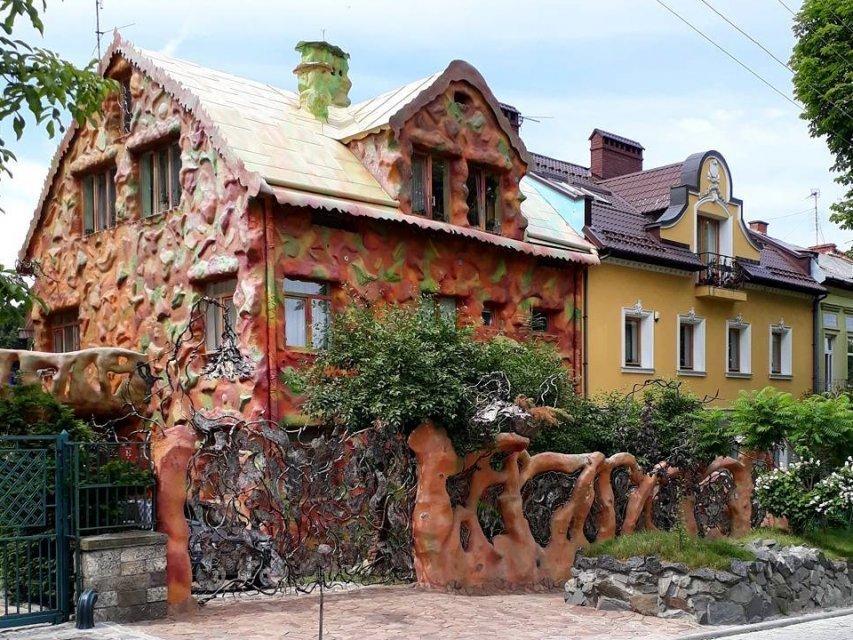 Пластиліновий будинок