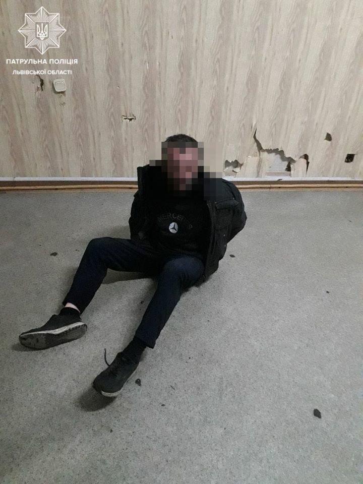34-річний львів'янин, затриманий за псевдозамінування/фото Патрульної поліції Львівщини