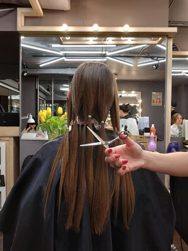 фото зі сторінки Hair for Share