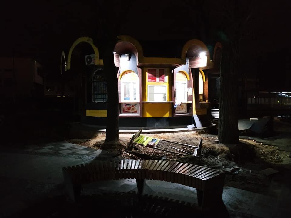 """Фото площі Двірцевої у Львові, """"Зручне місто"""""""