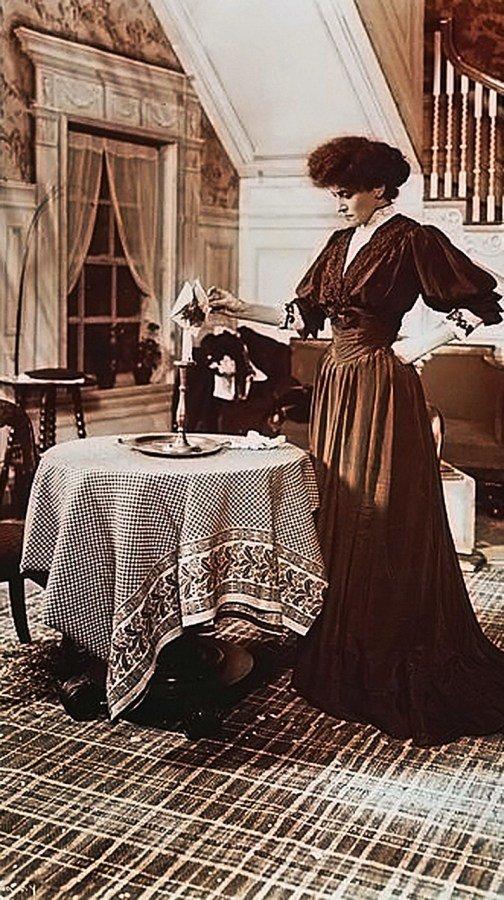 Берта Каліш у ролі, фото з Google