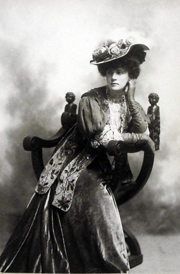 Берта Каліш на Бродвеї, фото з Google