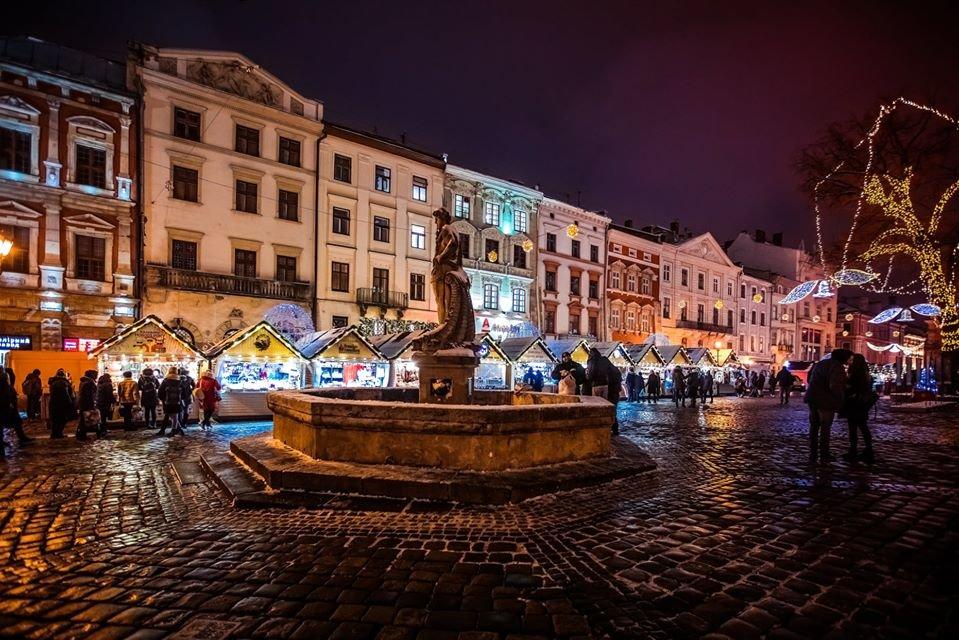 """Різдвяний ярмарок у Львові, фото: """"Львівські ярмарки"""""""