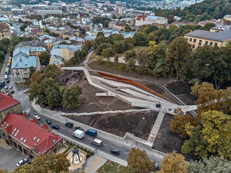 Меморіал у Львові, фото ЛМР