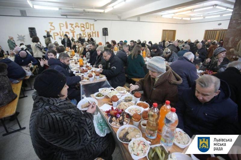 """Благодійна вечеря """"Оселі"""", фото ЛМР"""
