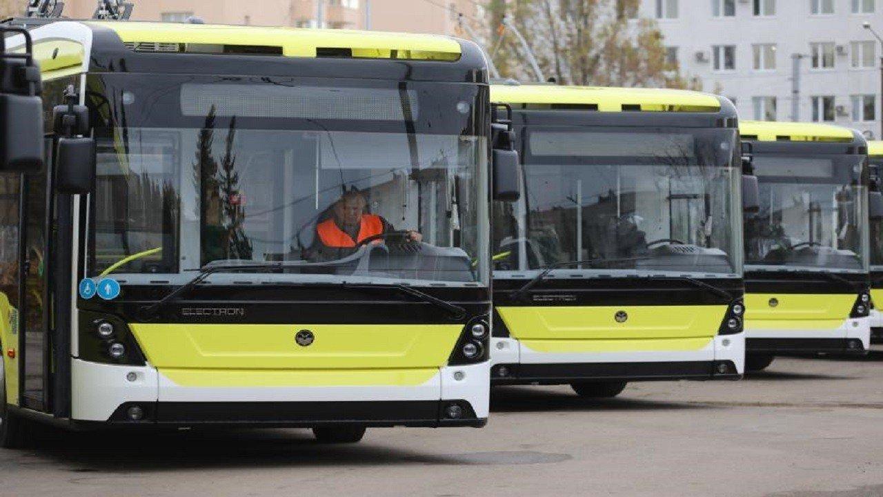 """Тролейбуси """"Електрон""""/фото Андрія Білого"""