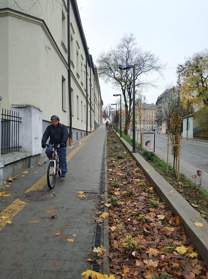 Велопішохідна зона на вул. Коперника