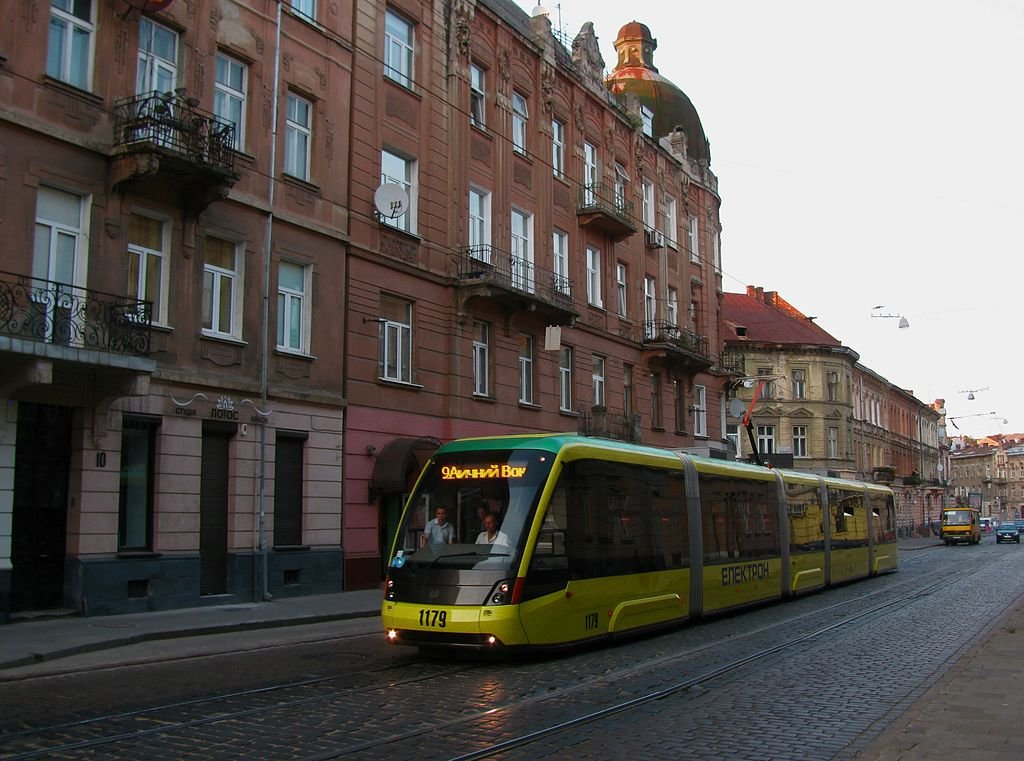 Радянський трамвай, 2005 та 2013 рік, LvivStory, Вікіпедія