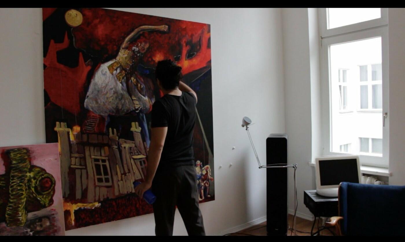Макс Сір працює у студії, фото Віри Карпінської