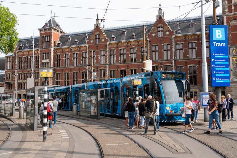 Амстердам, трамвай, фото getyourguide.com