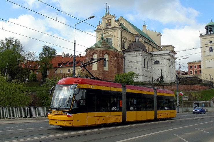 Трамвай у Варшаві, фото transphoto.ru