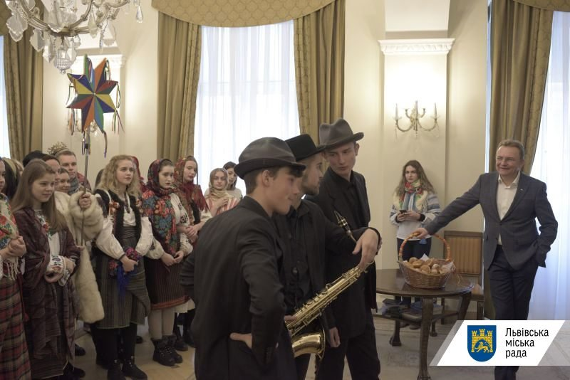Фото: Колядники / пресслужба Львівської міської ради