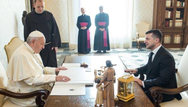 Фото: зустріч Президента України Володимир Зеленський зустрівся з Папою Римським / пресслужба президента Литви