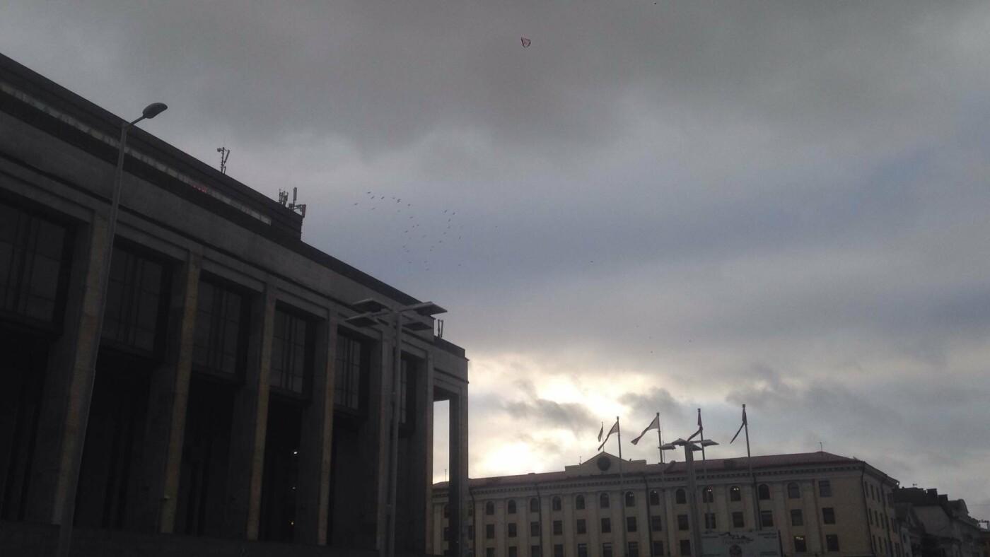 """""""Хтонічний Мінськ"""" - один із палаців у центрі - 032"""
