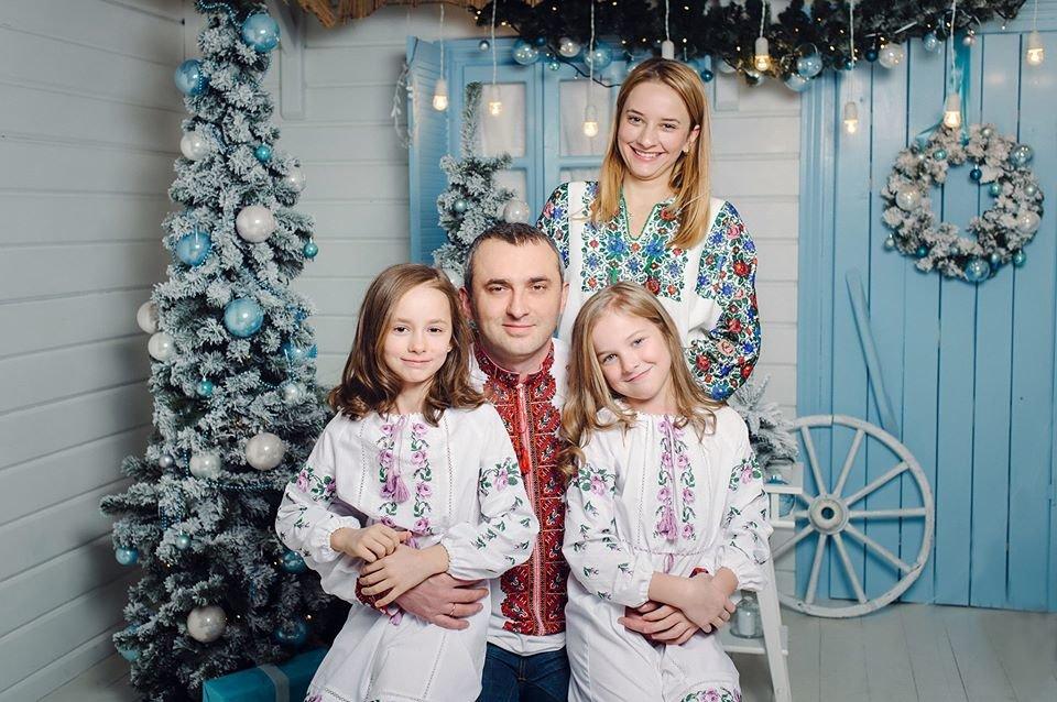 Маркіян Лопачак з сім'єю