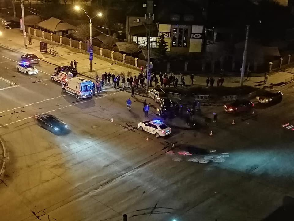 Фото: ДТП на перехресті у Львові / Ігор Зінкевич, фейсбук