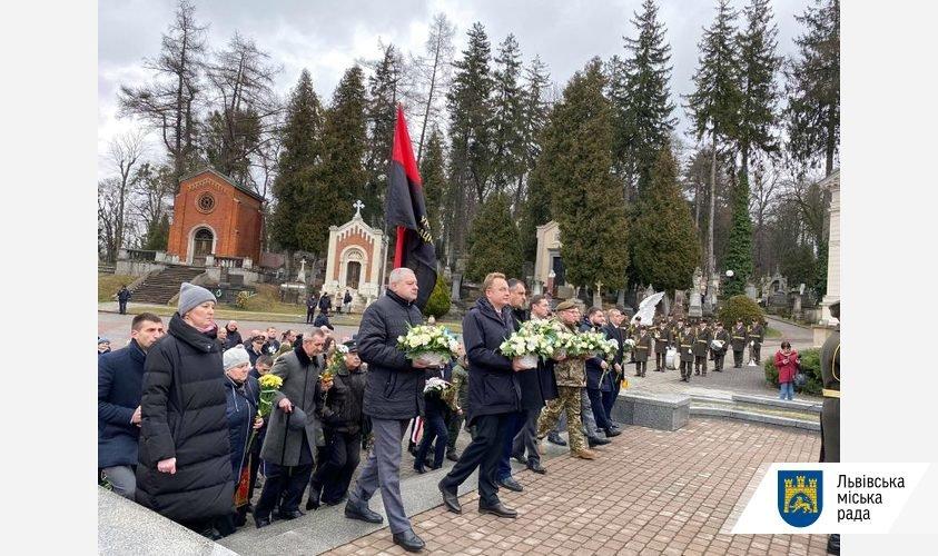 Фото: у Львові вшанували пам'ять Героїв Небесної Сотні / пресслужба ЛМР