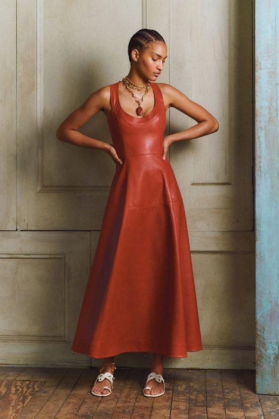 Трендові шкіряні сукні 2020 року.Фото - pinterest.com