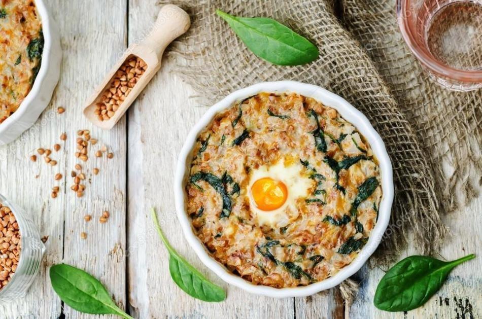 Фото: гречка з яйцем і сиром / goodhouse.com.ua