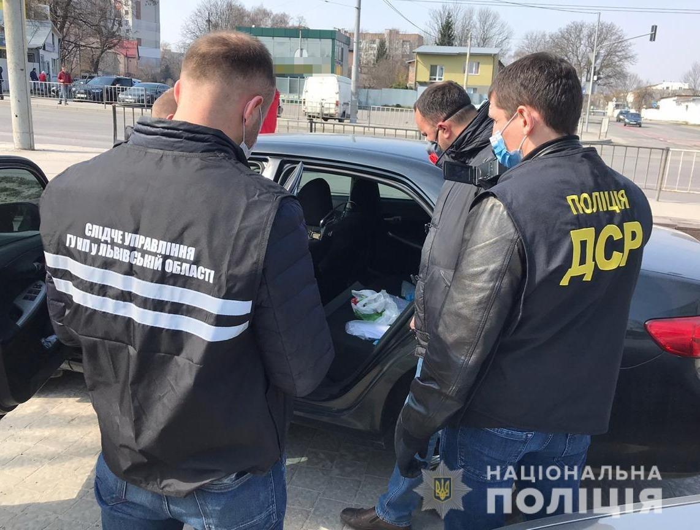 Затримання на Львівщині, фото поліції