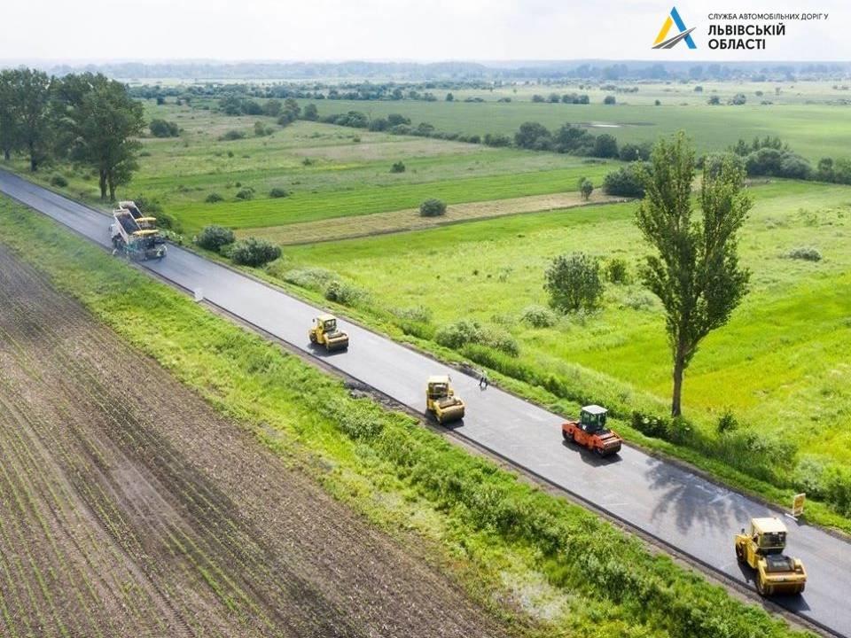 Фото Служби автомобільних доріг Львівщини