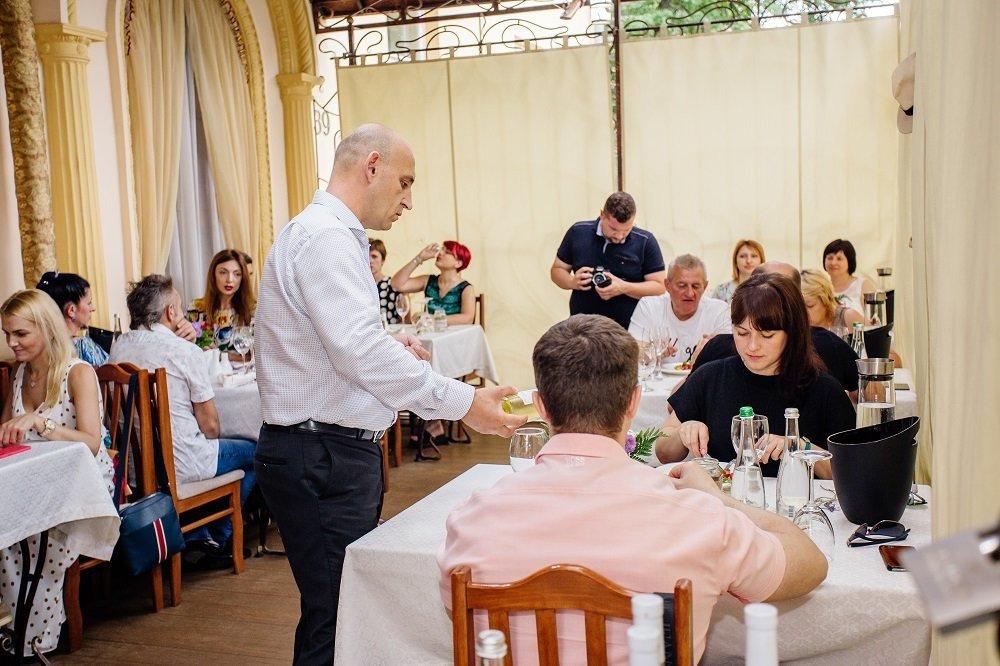 Ресторани та кафе Львова з літніми терасами та майданчиками, фото-15