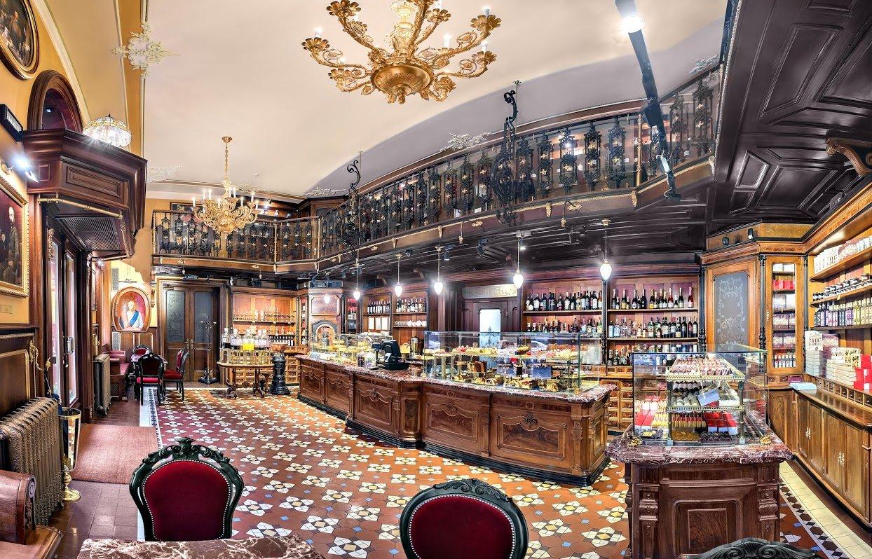 Ресторани та кафе Львова з літніми терасами та майданчиками, фото-8