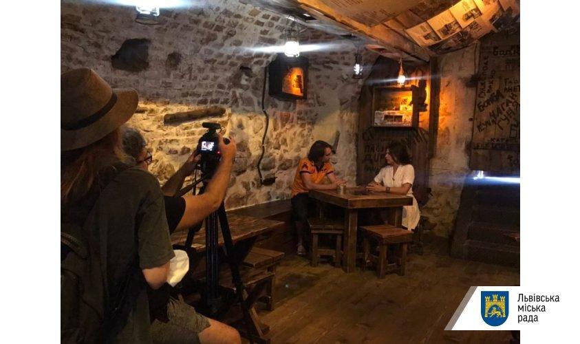 Знімальна група турецького телеканалу у Львові. Фото - ЛМР