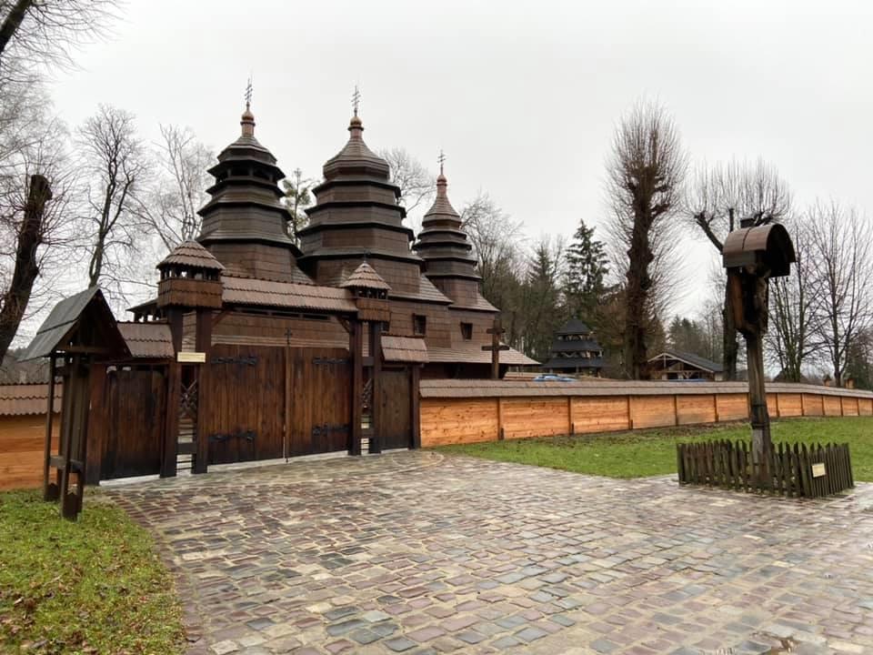 """Храм у """"Шевченківському гаю"""", Фото: Юрій Бойко"""
