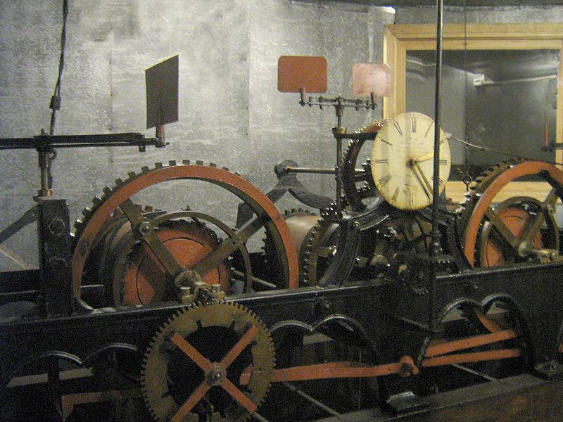 Механізм годинника ратуші, Фото: uk.wikipedia.org
