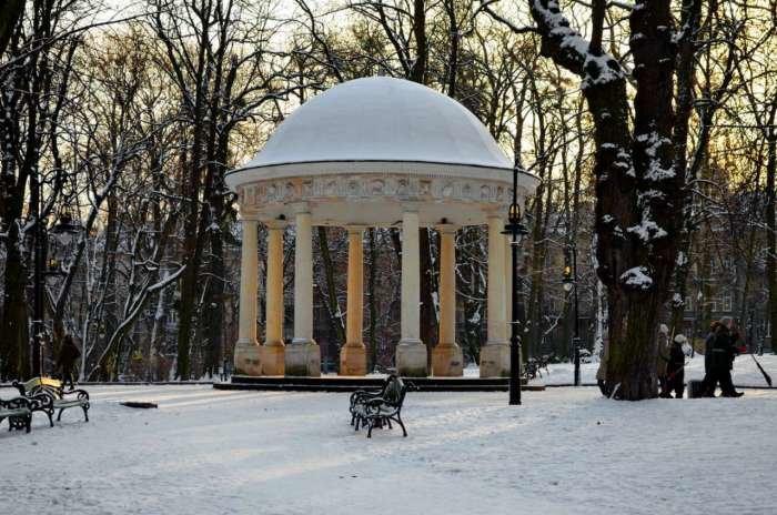 Альтанка – ротонда у наш час, Фото: photo-lviv.in.ua