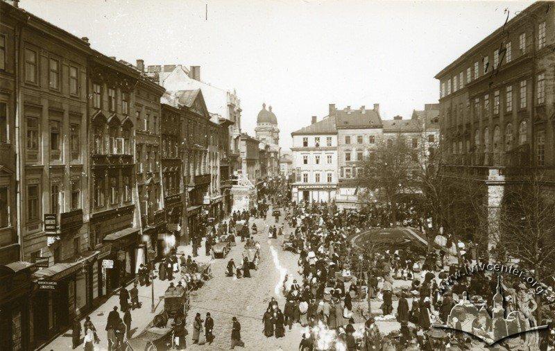 Площа Ринок у Львові, Фото: lia.lvivcenter.org